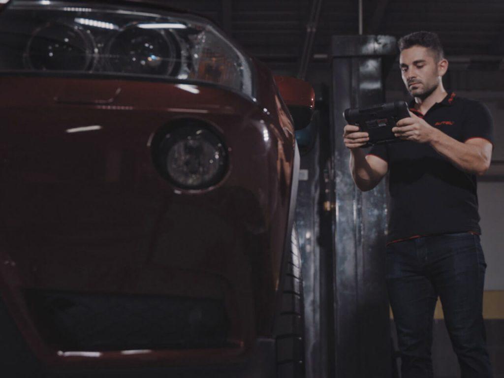 Choosing the Right Car Diagnostic Tools 2