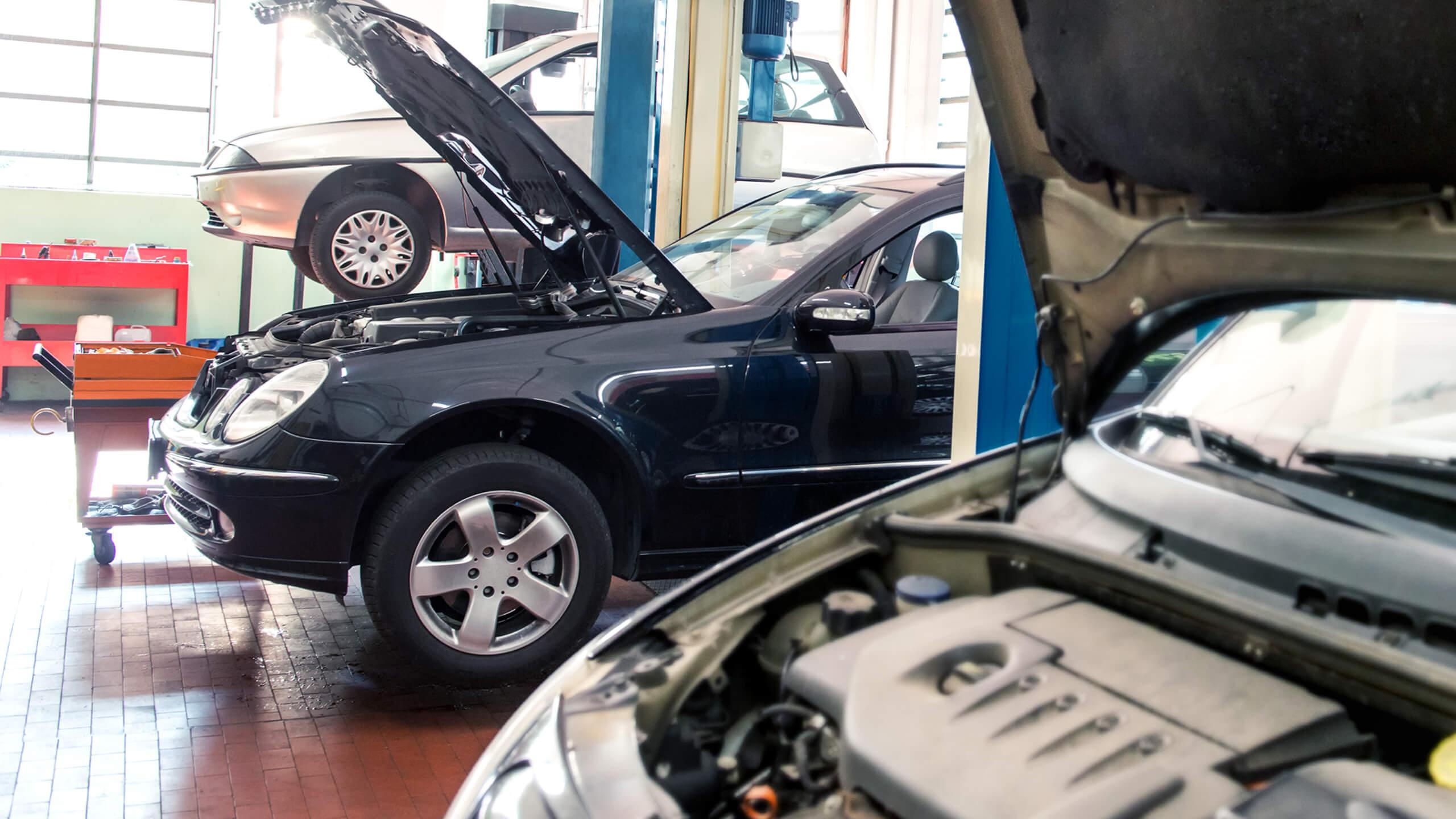 cars-garage-workshop